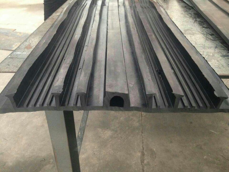 沧州市350x6外贴式橡胶止水带